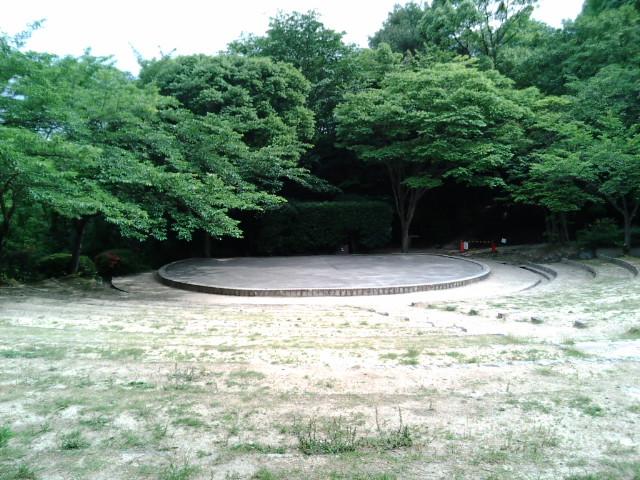 兵庫県甲山森林公園(涼宮ハルヒの憂鬱-野外ステージ)