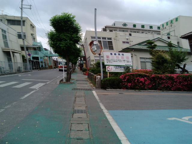 病院前の道