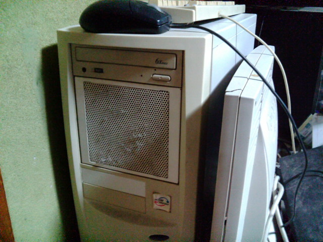 Linuxサーバ