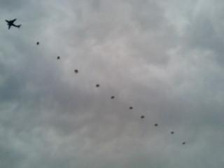 落下傘部隊降下