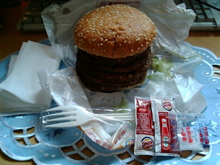 7 バーガーの内容物