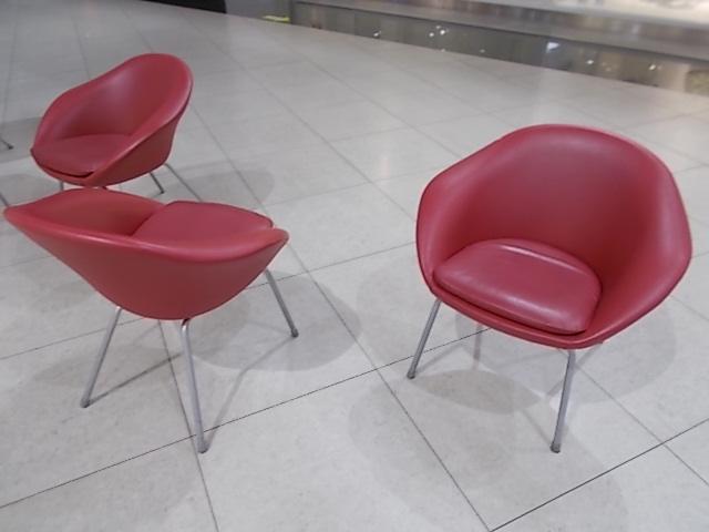 1人用の座り心地良さそうな椅子