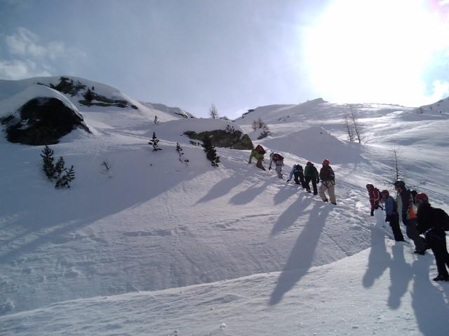 さらに登る登山客